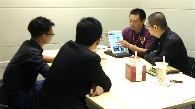 感谢青岛客户与百维易胜博首页顺利签约